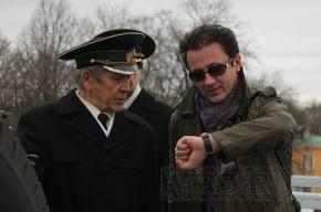 Олег Меньшиков выстрелил из пушки в честь своего юбилея