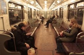 В петербургском метро мигал свет