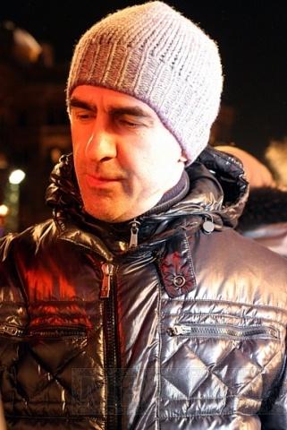 Бутусов нарисовал йод: Фото