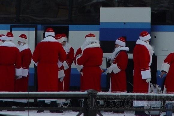 Дед Мороз в Петербурге: ФОТО: Фото