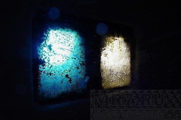 Светильники под ногами – красота или опасность?: Фото
