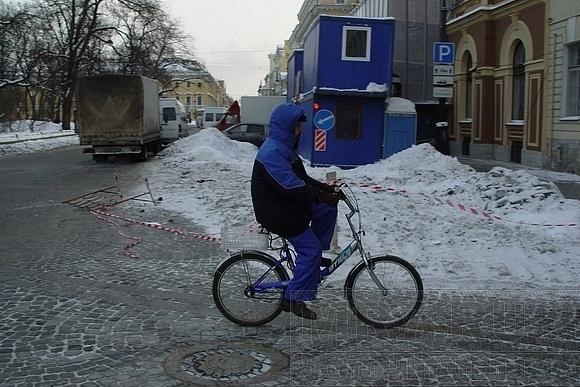 И еще немного про уборку снега в Петербурге: Фото