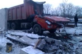 Трагедия на трассе М-60: кабину раздавило вместе с водителем