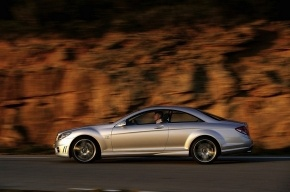 В Минобороны хотят ездить на Porsche и BMW