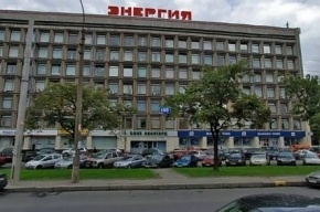 На Ленинском проспекте застрелили инкассаторов и прохожего