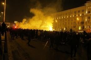 Колонна болельщиков «Спартака» молча прошла по Москве