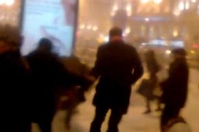 У Московского вокзала подрались встречавшие Зюганова коммунисты
