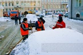 В Петербурге готовятся к сильному снегопаду на выходных