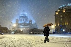 В Петербурге облачно и снова снег