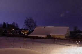 Поселок Капитолово провел выходные в снежной западне