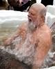 Фоторепортаж: «Крещенские купания на Аптекарской набережной глазами Марины Черных»