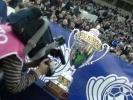 Фоторепортаж: «Фанаты «Зенита» разбудили кота, а Платини ударил по мячу»