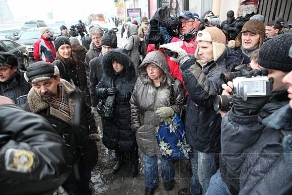 Митинг у Литературного дома: фоторепортаж: Фото