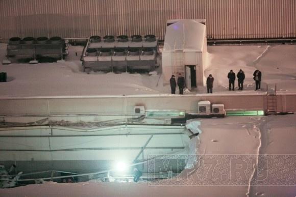 Обрушение крыши в магазине «О'Кей»: фоторепортаж: Фото