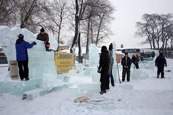 «Империя льда» на Заячьем оcтрове: Фото
