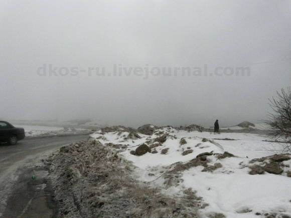 На Полюстровском проспекте прорвало трубу: Фото