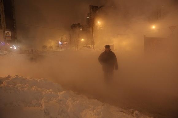 Коммунальная авария на Савушкина: двое получили ожоги: Фото