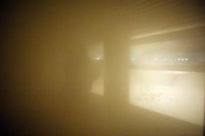 Хулиганы бросили в вагон электрички дымовую шашку