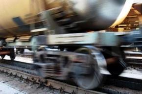 Трое погибли при столкновении поезда с бензовозом в Иркутской области