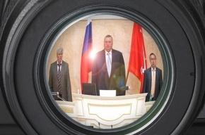 Единороссы на время вышли из петербургского парламента