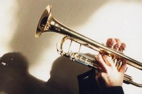 Фан-сектору «Зенита» требуется трубач