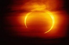 Сегодня в полдень солнечное затмение достигнет максимума