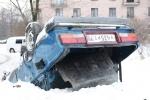 Фоторепортаж: «Машину отбросили в сугроб, чтобы не мешала?»