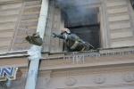 На Невском горела квартира: Фоторепортаж
