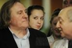 Жерар Депардье был в больнице на Авангардной: Фоторепортаж