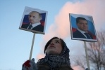 Любители России собрали 250 валентинок для Владимира Путина: Фоторепортаж