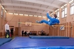 Школьники Фрунзенского района выяснили, кто выше прыгает: Фоторепортаж
