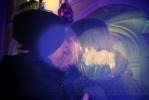 Фоторепортаж: «Около 50 влюбленных пар поцеловались у Гостиного двора (фото)»