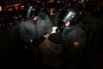 ГУВД: в Петербурге на акции у Гостиного двора задержаны 69 человек: Фоторепортаж