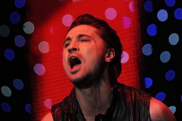 Звезды «зажгли» в Ледовом дворце на Big Love Show 2011: Фото