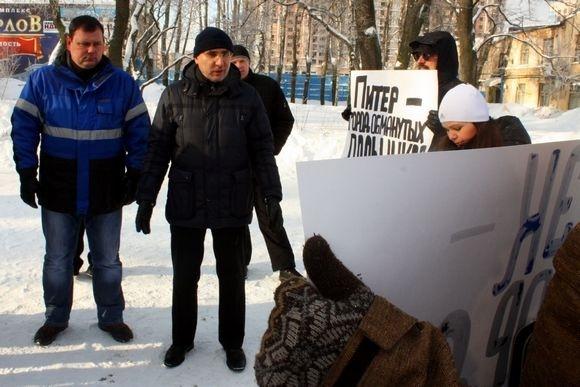 Дольщики «ЛЭКа» вышли на мороз: Фото
