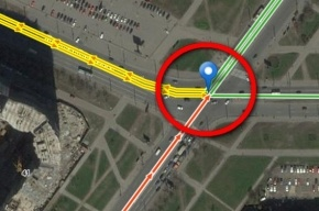 В сторону перекрестка проспектов Жукова и Ленинского образовалась большая пробка