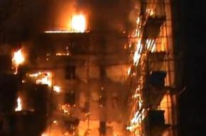 Ночной пожар на Декабристов: 12 жильцов эвакуированы