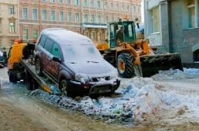 На Большой Монетной снег убирают слишком усердно