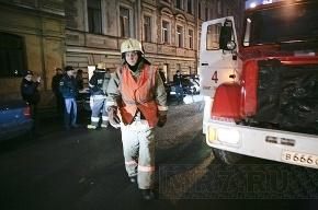 В центре Петербурга горит жилой дом