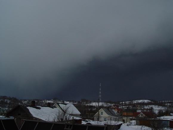 На Петербург с севера надвигается огромный снежный фронт: Фото