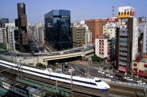 Иностранцы пытаются покинуть Японию