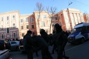 Во время несанкционированного митинга «девятка» сбила милиционера