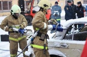 На улице Фучика прошли соревнования пожарных