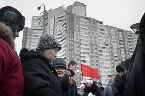 Жители дома № 15 по улице Ильюшина против Треста № 4