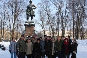 «Золотым» и «серебряным» юбилярам подарили поездку в Кронштадт