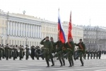 Фоторепортаж: «На Дворцовой площади репетировали парад»
