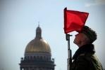 Фоторепортаж: ««Град» и «Ураган» проехали по Дворцовой площади»
