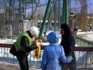 Фоторепортаж: «В Петербурге стало на тысячу кормушек больше»