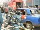 У гостиницы «Прибалтийская» спасатели разрезали машину у всех на глазах: Фоторепортаж