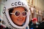 По Невскому «летала» ракета: Фоторепортаж